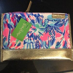 NWT Lilly Pulitzer Gypset pouch - super cute!